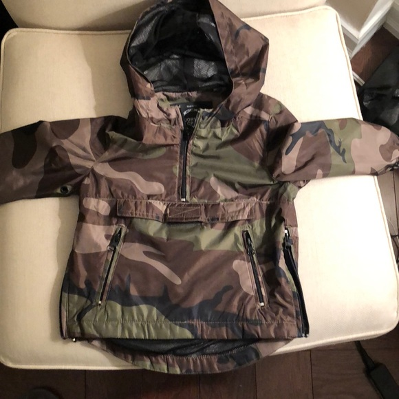 aa48a85abfca5 Jordan Craig: Legacy Edition Other - NWOT: Camo Hooded Lightweight Jacket